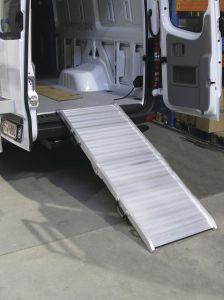 VAP1910 Oprijplaat aluminium Breedte 651 mm Plooibaar 400 Kg